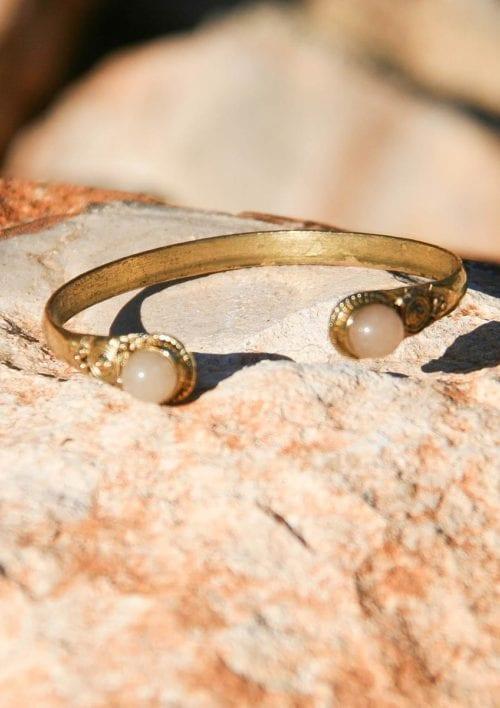 Bracelet with Stones - Cream